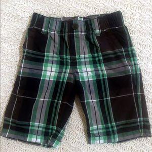 Boys GYMBOREE Green & Navy plaid shorts. Sz 6
